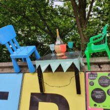 Popup Tisch und Stühle